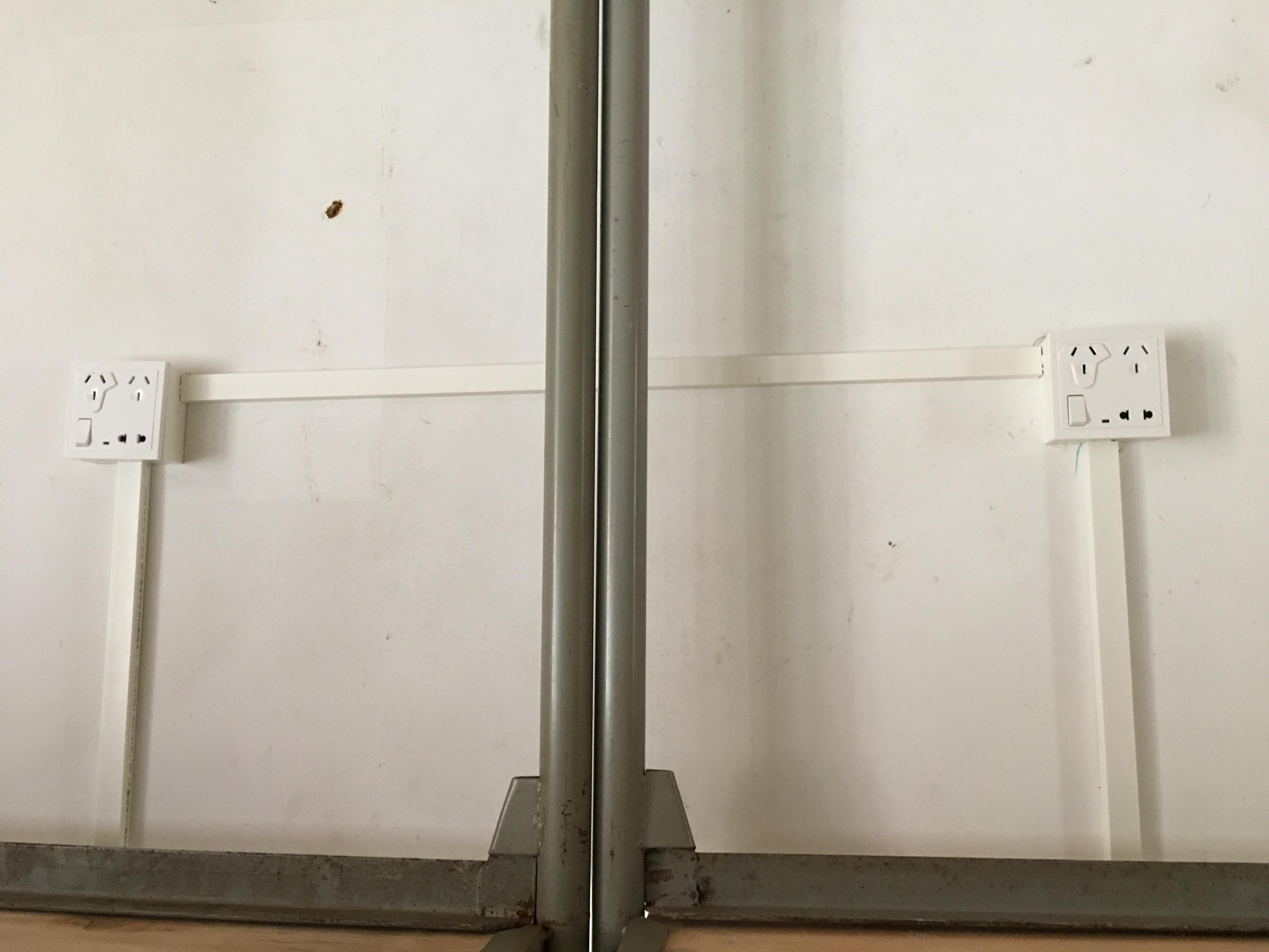 学院完成711间学生宿舍插座改造工程